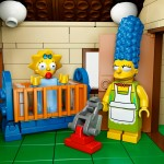 LEGO Simpsons House Marge Maggie