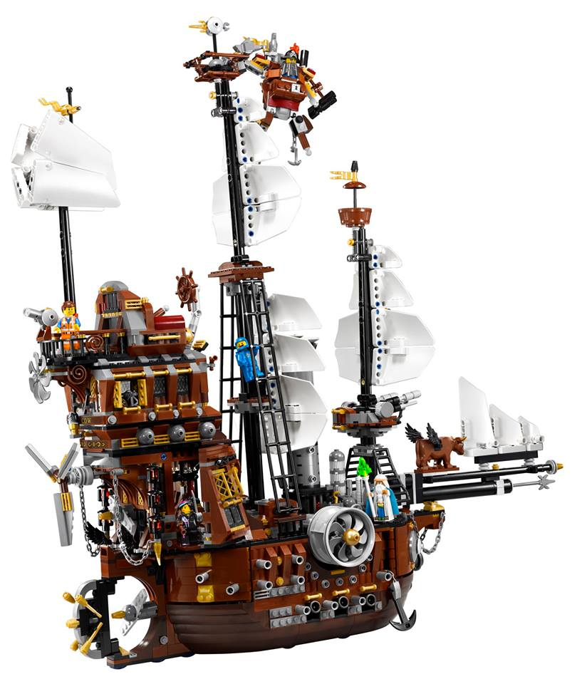 LEGO 70810 Metalbeard's Sea Cow 02
