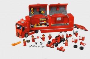 75913 Ferrari F14 & Scuderia Ferrari Truck