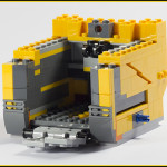 21303 Wall-E Review 04