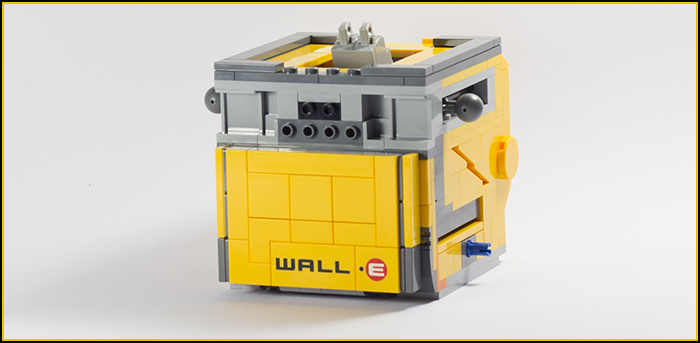 21303 Wall-E Review 10