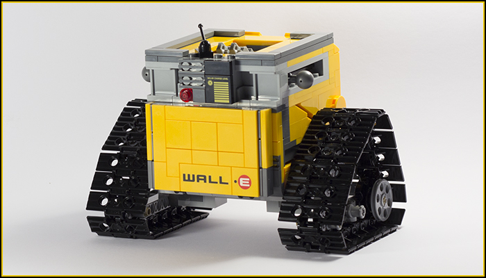 21303 Wall-E Review 14