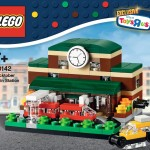 40142 Bricktober Train Station Box Front