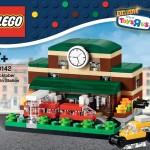 40142 Bricktober Train Station Box Front