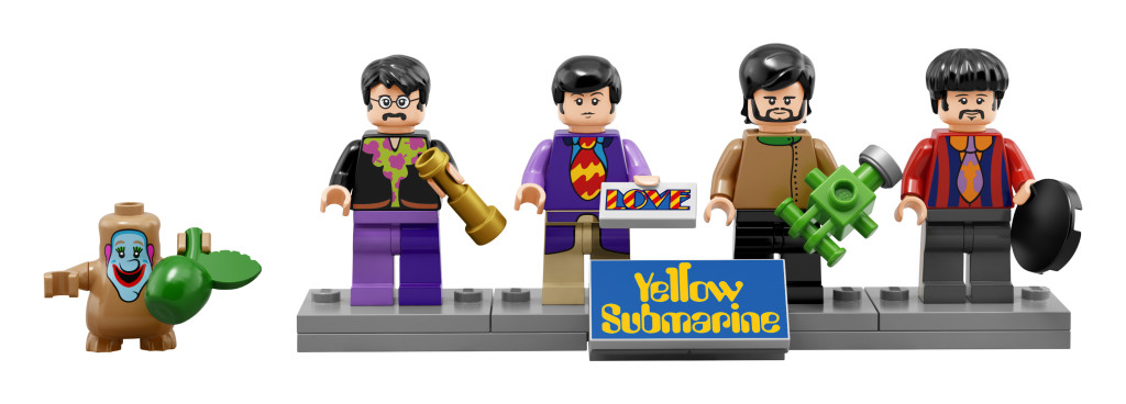21306 Yellow Submarine Minifigures