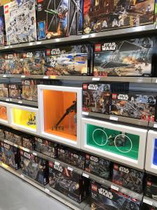 Dreamworld LEGO Store (26)
