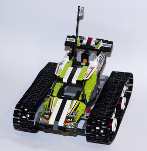 RC Tracked Racer 42065 Top View