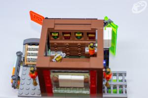 70657-ninjago-city-docks-007