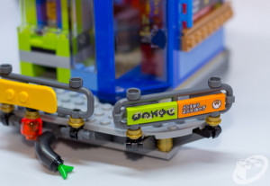 70657-ninjago-city-docks-020
