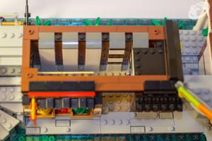 70657-ninjago-city-docks-044