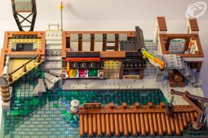 70657-ninjago-city-docks-047