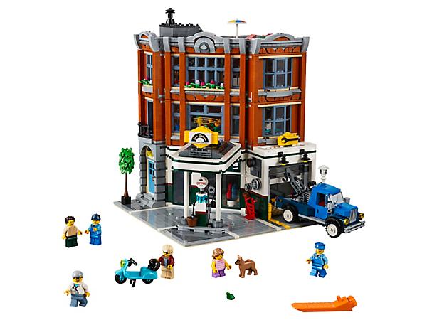 10264 Corner Garage