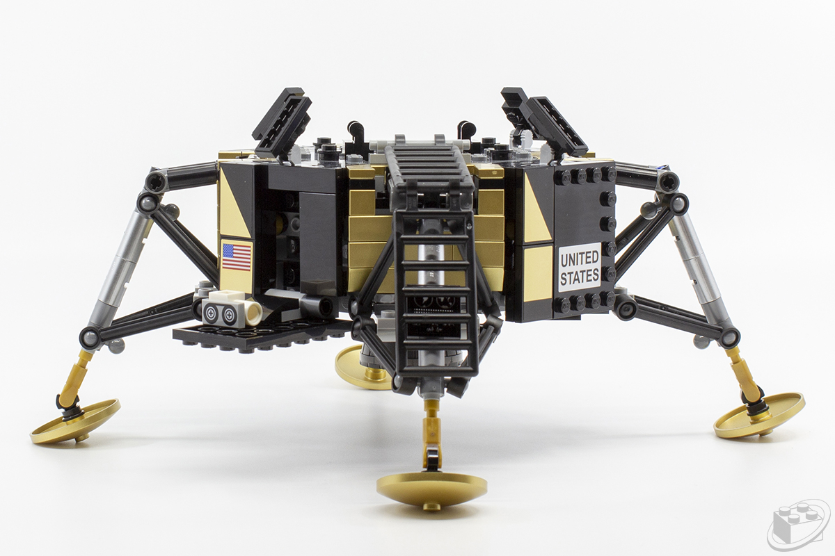 10266-apollo-11-lander08
