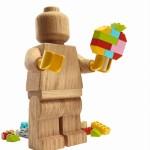 lego-originals-minifigure_figure-and-built-model