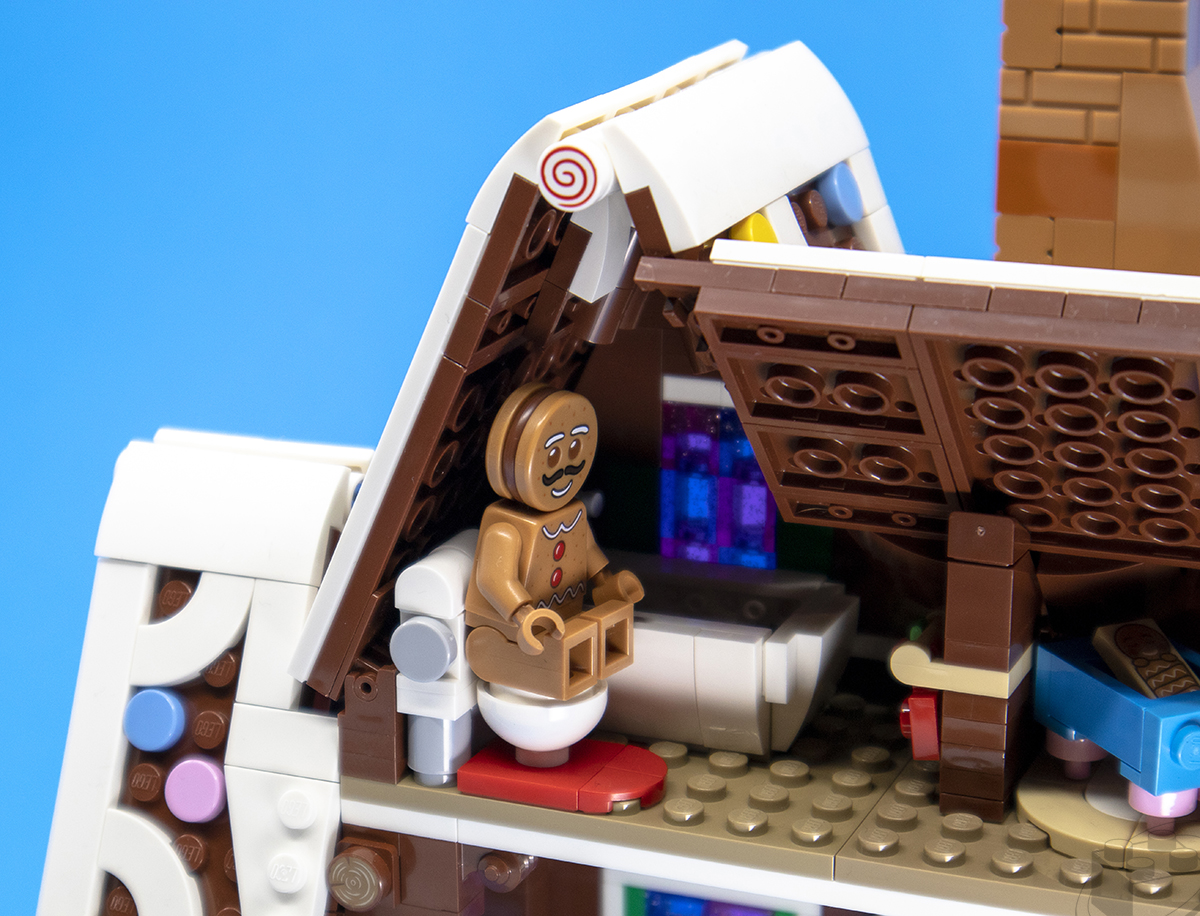 gingerbread-house-23