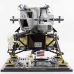 10266-apollo-11-lander01