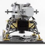 10266-apollo-11-lander03
