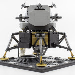 10266-apollo-11-lander04