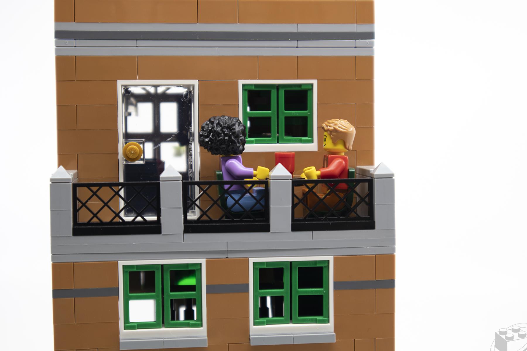 lego-bookshop-06