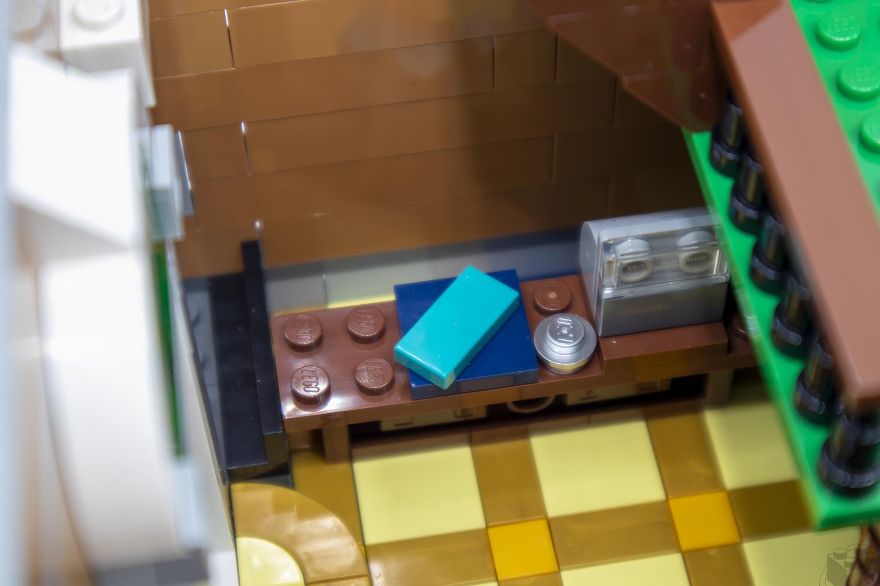 lego-bookshop-13