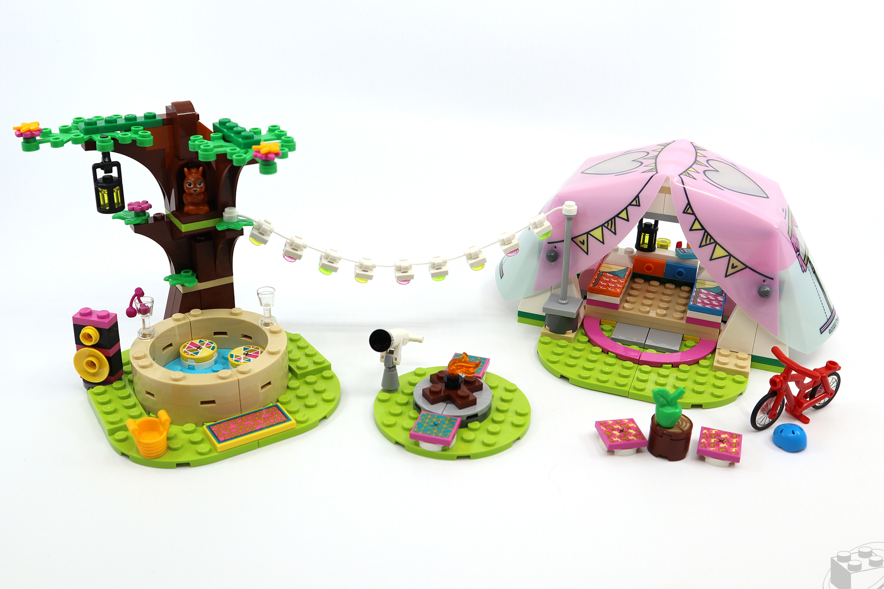 lego-friends-glamping-1