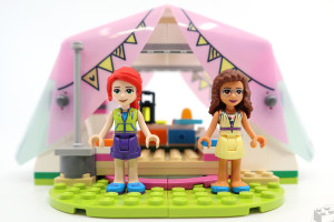 lego-friends-glamping-10