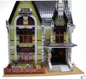 10273-haunted-house-review-1