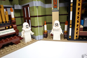 10273-haunted-house-review-21