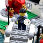 80107-minifigure-05